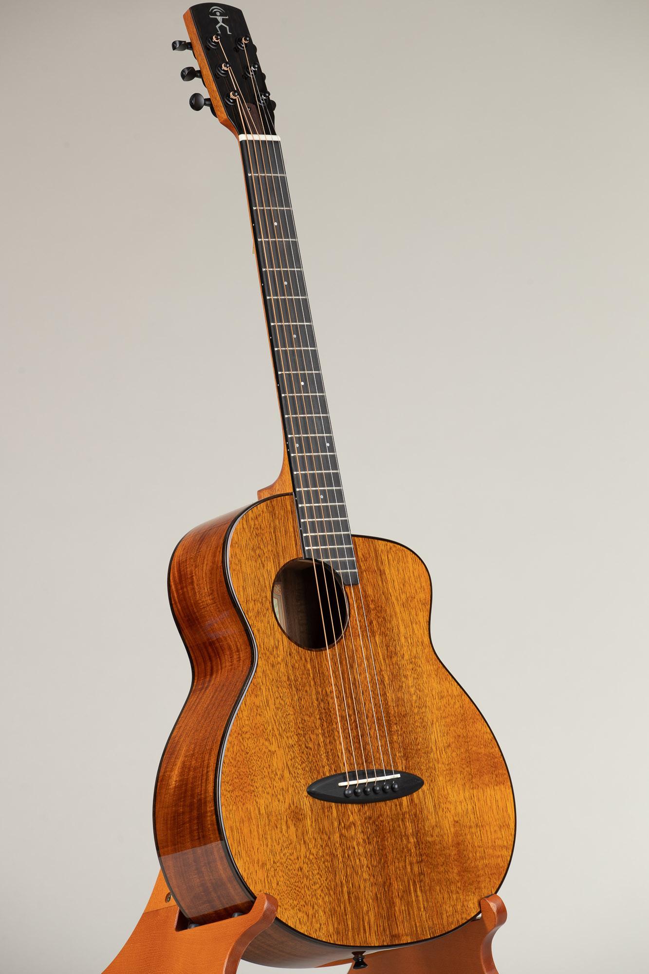 aNueNue Traveler Series Koa Guitar (M32 6506)