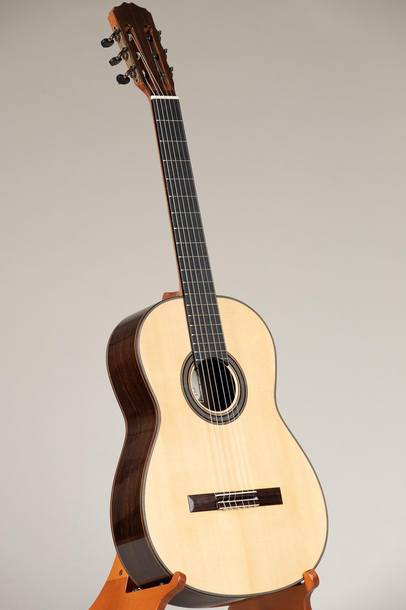 Guitarras Romero Flamenco Guitar (La Negra 23NSI21)