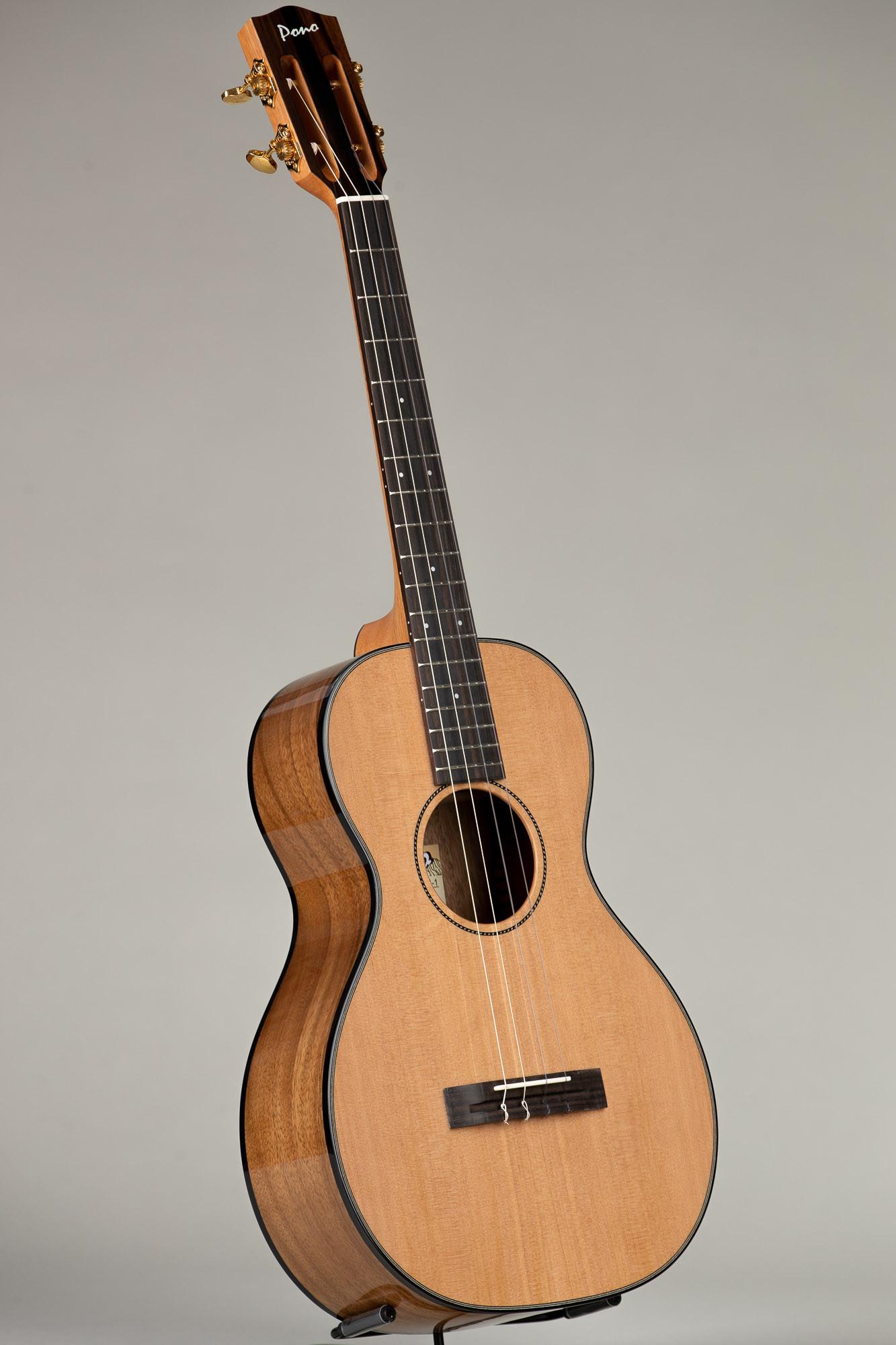Pono Cedar Top Acacia UL Baritone (UL4N-1 3200)